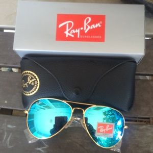 Brand New Blue RayBan Aviators 62mm Never Worn